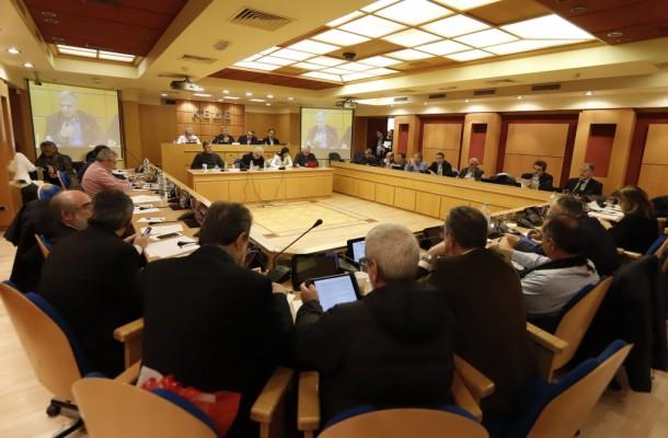 Συνεδρίαση του ΔΣ της ΚΕΔΕ υπό τον Πρόεδρο της Γ. Πατούλη για ζητήματα που σχετίζονται με τη διαχείριση των απορριμμάτων, παρουσία του Αν. υπουργού Περιβάλλοντος Σ. Φάμελλου
