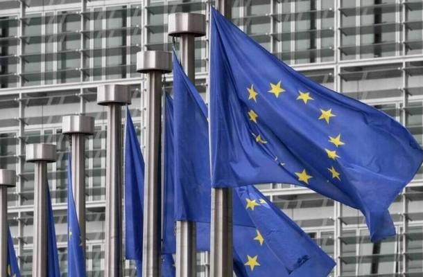 Ανάπτυξη 3,5% το 2021 και 5% το 2022 προβλέπει για την Ελλάδα η Κομισιόν